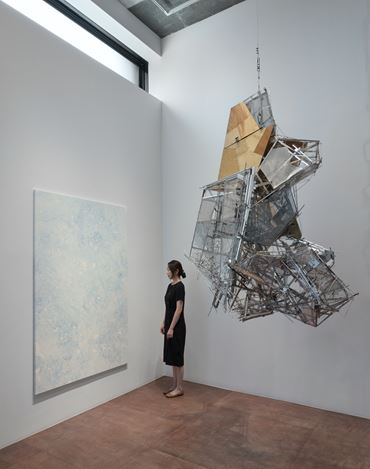 Exhibition view: Group Exhibition,Inside Out: The Body Politic, Lehmann Maupin, Seoul (2 July–22 August 2020). CourtesyLehmann Maupin, New York, Hong Kong, and Seoul.Photo: OnArt Studio.