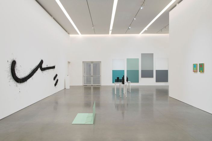 Exhibition view: Group Exhibition, Hiding in Plain Sight, Pace Gallery, New York (14 July–20 August 2021). © Pace Gallery. Courtesy Pace Gallery.