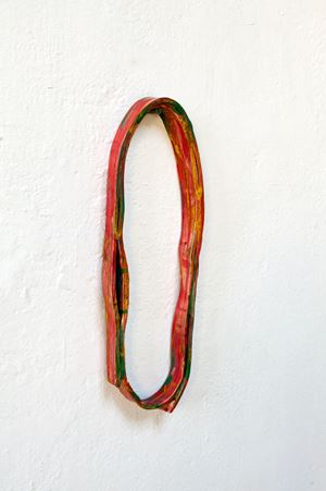 Red-green loop by Claudia Terstappen contemporary artwork