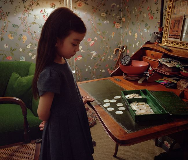 Mother of pearl by Jeff Wall contemporary artwork