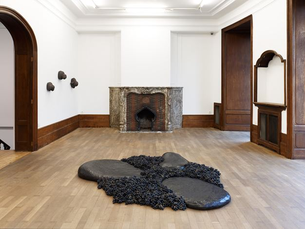 Exhibition view: Solange Pessoa,In the Sun and the Shade, Mendes Wood DM, Brussels (22 January–30 April 2020). CourtesyMendes Wood DM.