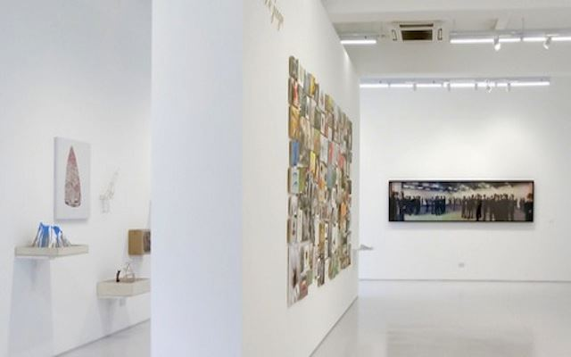 Exhibition view: Group Exhibition,The Spectacles of The Spectacles, ShanghArt, Singapore (20 December 2013–3 March 2014). Courtesy ShanghArt.