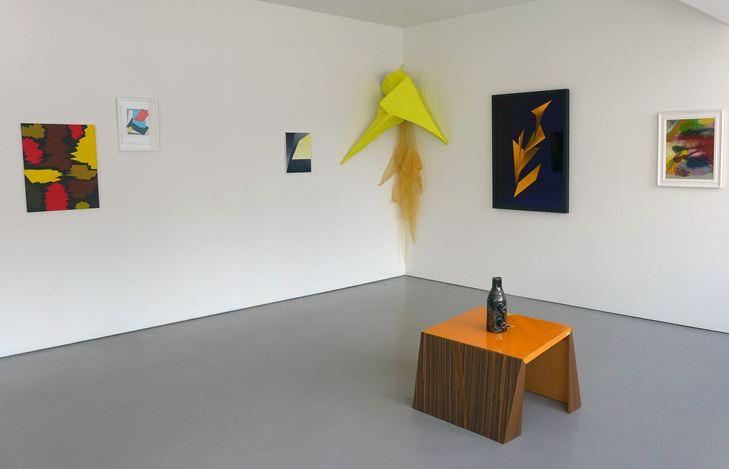 Exhibition view: Group Exhibition,Back to Front, Hamish McKay, Wellington (28 October–18 November 2017). Courtesy Hamish McKay.