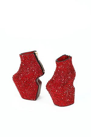 Baby Heel-less Shoes by Noritaka Tatehana contemporary artwork