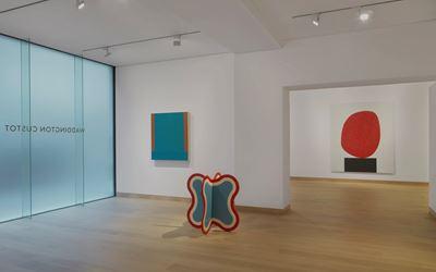 Exhibition view: Group Exhibition, Colour is, Waddington Custot, London (1 March–28 April 2017). Courtesy Waddinton Custot, London.