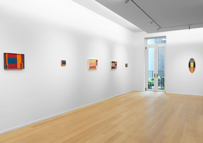 Exhibition view: Roy Newell, Simon Lee Gallery, New York (27 June–17 August 2018). Courtesy Simon Lee Gallery.