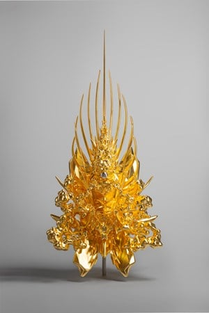 Throne(g/p_pyramid) by Kohei Nawa contemporary artwork
