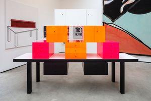 Omaggio 7 by Ettore Sottsass contemporary artwork sculpture