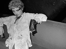 LIFE & CULTURE The Story Behind Karen Knorr's Riotous 1970s Series, Punks