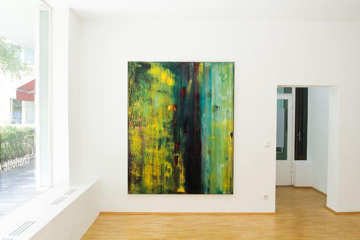 Exhibition view: Charlotte Acklin, Zwischen den Polen - Im Aufbruch, Susan Boutwell Gallery, Munich (11 September–24 October 2020). Courtesy Susan Boutwell Gallery.