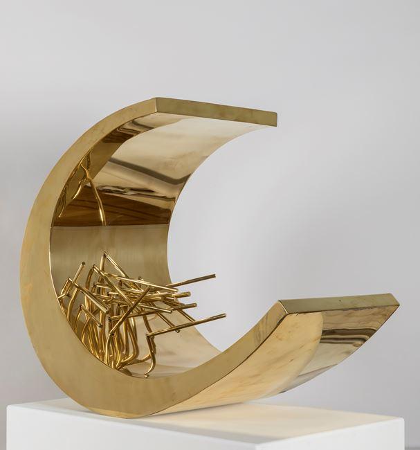 21 tiges se reflétant dans une forme courbe by Pol Bury contemporary artwork