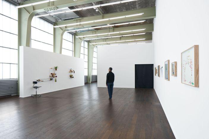 Exhibition view: Mika Rottenberg, Hauser & Wirth, Zürich (11 June–27 August 2021). © Mika Rottenberg. Courtesy the artist and Hauser & Wirth. Photo: Jon Etter.