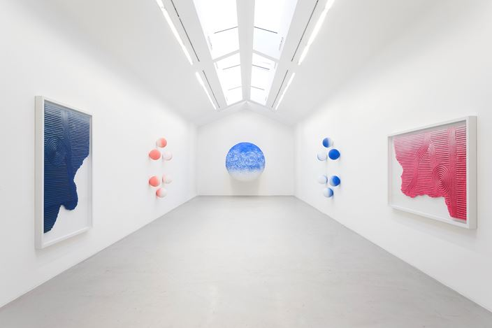 Exhibition view: Daniel Arsham,Angle of Repose, Galerie Perrotin, Paris (14 October–23 December 2017). Courtesy the artist and Galerie Perrotin. Photo: Claire Dorn