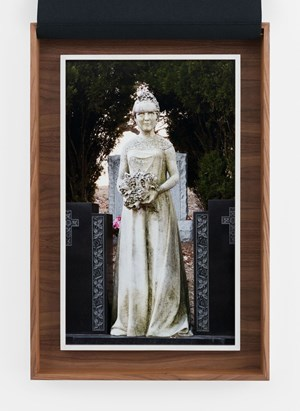 Le jour des noces by Sophie Calle contemporary artwork