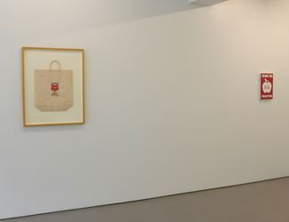 Exhibition view: Andy Warhol, Billy Apple, From the Billy Apple Collection, Wellington (11 May–2 June 2018). Courtesy Hamish McKay.