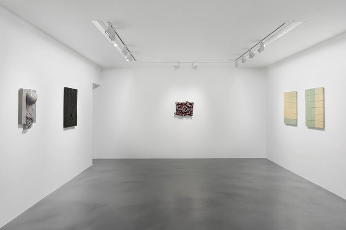 Exhibition view: Mai-Thu Perret, Simon Lee Gallery, London (30 November 2018–12 January 2019).Courtesy the artist and Simon Lee Gallery, London.