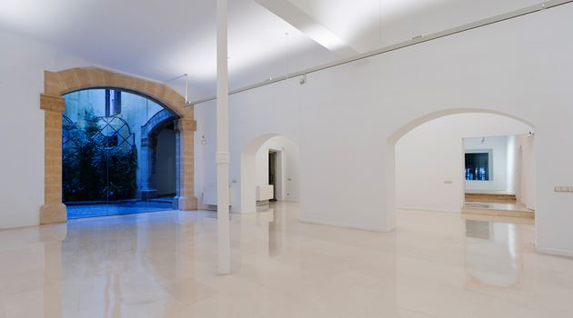 Galería Pelaires contemporary art gallery in Palma, Spain
