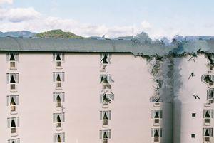 Collapsing World by Yuna Yagi contemporary artwork