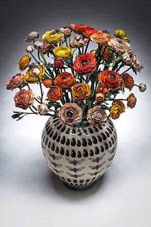 Vaso con mazzo di fiori by Bertozzi & Casoni contemporary artwork