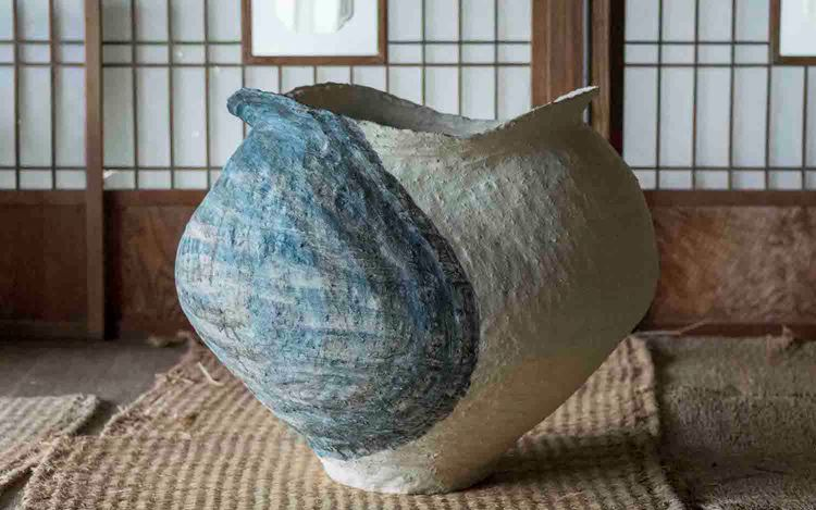Kazunori Hamana, Untitled (2020) Ceramic. 54 x 62 x 56 cm. © Kazunori Hamana. Courtesy the artist and Blum & Poe, Los Angeles/New York/Tokyo. Photo: Noboru Murata.