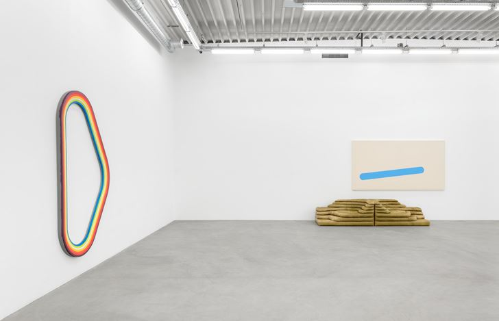 Exhibition view: Group Exhibition,Pink Noise, Almine Rech, Brussels (9 January–1 February 2020). © Courtesy the Artists and Almine Rech. Photo: Hugard & Vanoverschelde.