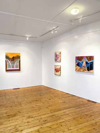 Exhibition view: Gaby Collins-Fernandez, Gary Petersen, Kelsey Shwetz, Yorgos Stamkopoulos, Unique Expressions, Hollis Taggart, Southport (3 April–8 May 2021). Courtesy Hollis Taggart.