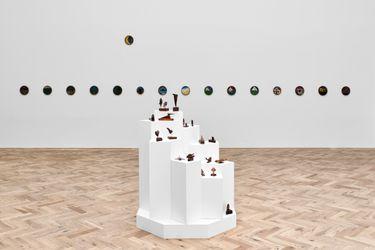 Exhibition view: Frank Walter, Music of the Spheres, Ingleby Gallery, Edinburgh (29 July–25 September 2021). Courtesy Ingleby Gallery.