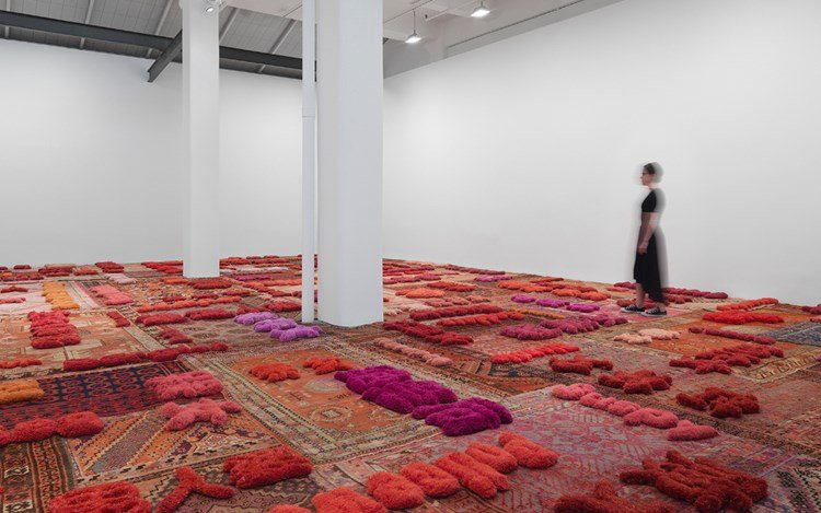 Exhibition view: Lin Tianmiao, Protruding Patterns, Galerie Lelong & Co., New York (7 September-21 October 2017). Courtesy Galerie Lelong & Co., New York. Photo: Lin Tianmiao.