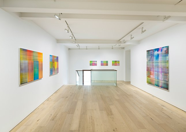 Exhibition view: Bernard Frize, Tongue and Groove, Galerie Perrotin, Seoul (30 August–21 October 2017). Courtesy Galerie Perrotin.