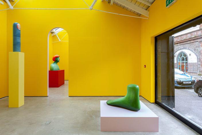 Exhibition view: Nicolas Party,Polychrome, The Modern Institute, Osborne Street, Glasgow (25 May–24 August 2019). Courtesy the artist and The Modern Institute/Toby Webster Ltd, Glasgow.