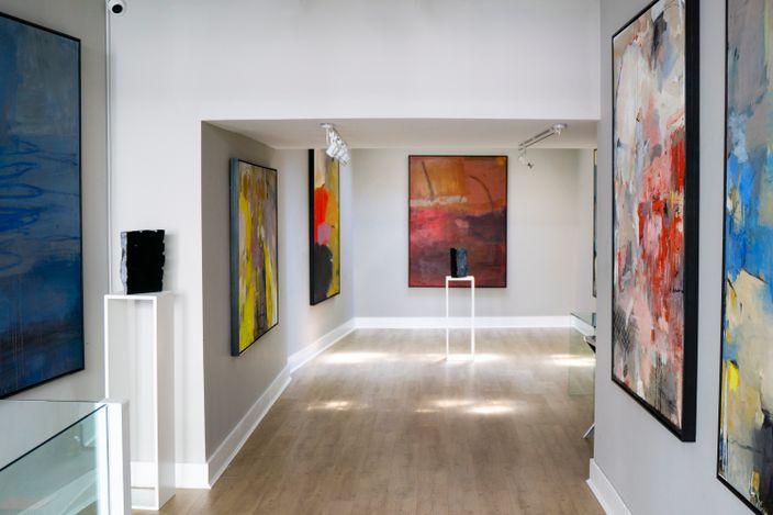 Exhibition view:Richard Hearns, Enclave, Cadogan Contemporary (8 –26 June 2021). Courtesy Cadogan Contemporary.