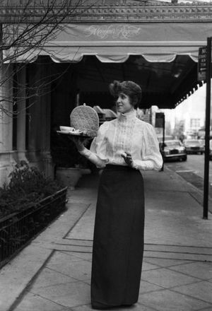 Linda Winget by Bill Cunningham contemporary artwork photography