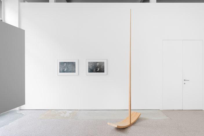 Exhibition view: Katinka Bock, Fermata, Galerie Gerta Meert, Brussels (3 September–17 October 2020). Courtesy Galerie Greta Meert.