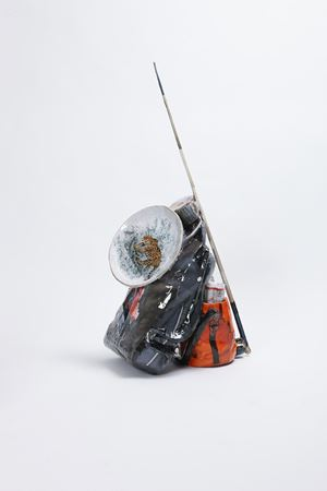 Whip & Plate by Osang Gwon contemporary artwork