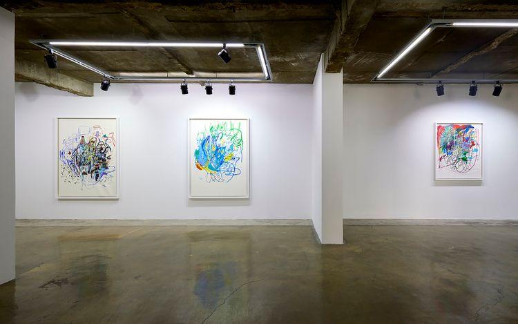 Exhibition view: Elliott Hundley,Working On Paper, 종이와 대화하면서,Baik Art, Seoul (20 May–19 June 2021). Courtesy Baik Art.