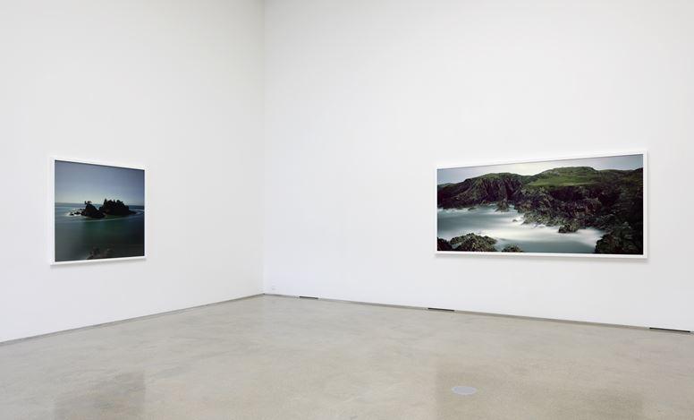 Exhibition view: Darren Almond,PKM Gallery, Seoul (15 November–30 December 2018). Courtesy PKM Gallery.