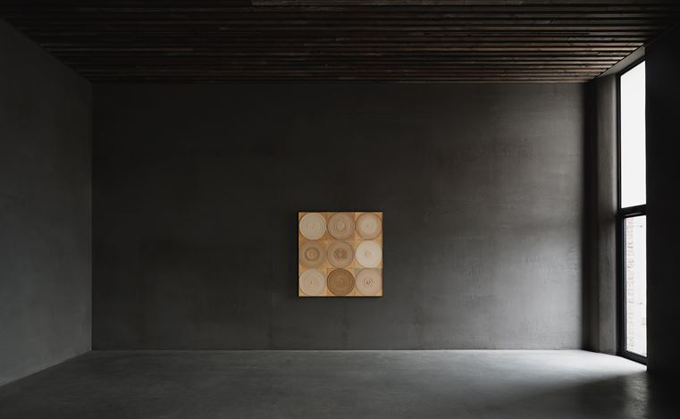 Exhibition view: Yuko Nasaka, Axel Vervoordt Gallery, Antwerp (6 June–31 August 2019). Courtesy Axel Vervoordt Gallery.