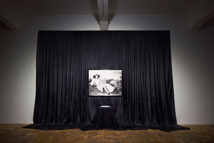 James Lee Byras, The poetic Conceit(1983). Silk, curtain, framed photographic print, porcelain plate, 361 × 520 × 53 cm. CourtesyMichael Werner Gallery, New York and London and SCAI The Bathhouse, Tokyo.