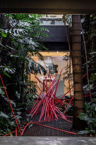 Exhibition view: Lucia Koch, Tumulto, Turbilhão, Galeria Nara Roesler, São Paulo (31 August–19 October 2019). Courtesy the artist and Galeria Nara Roesler.Photo: © Erika Mayumi.