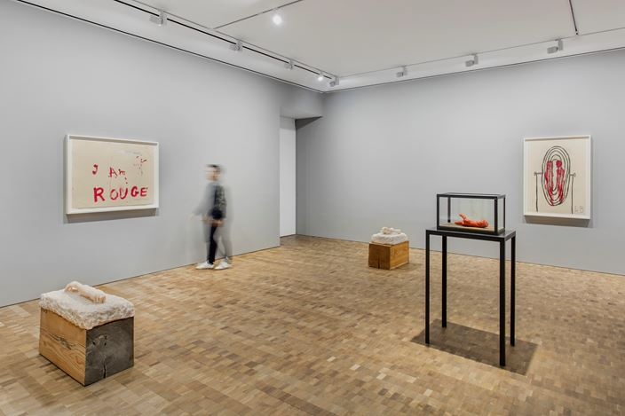 Exhibition view: Louise Bourgeois, My Own Voice Wakes Me Up, Hauser & Wirth, Hong Kong (26 March–11 May 2019). © The Easton Foundation/VAGA at ARS, NY. Courtesy The Easton Foundation and Hauser & Wirth. Photo: JJYPHOTO.