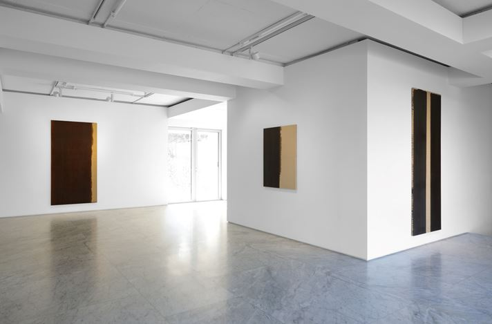 Exhibition view: Yun Hyong-keun,Yun Hyong-keun 1989–1999, PKM & PKM+, Seoul (23 April–20 June 2020). Courtesy PKM Gallery.