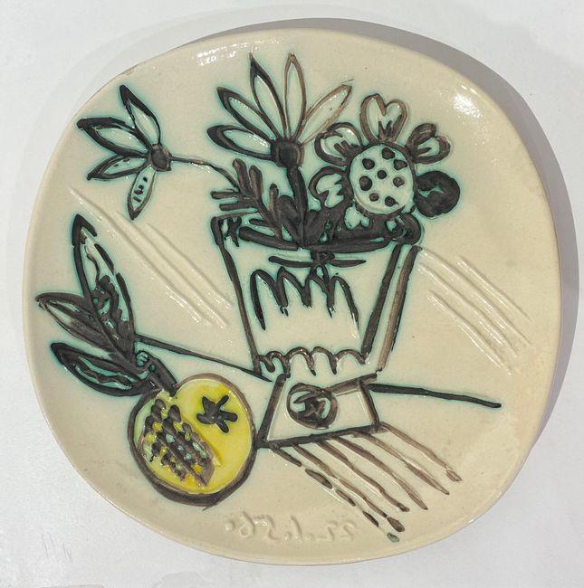 Bouquet à la pomme by Pablo Picasso contemporary artwork