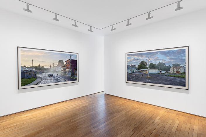 Exhibition view: Gregory Crewdson,An Eclipse of Moths,Galerie Templon, Paris (7 November 2020–23 January 2021). © Gregory Crewdson. Courtesy Templon, Paris - Brussels.Photo: Nicolas Brasseur.