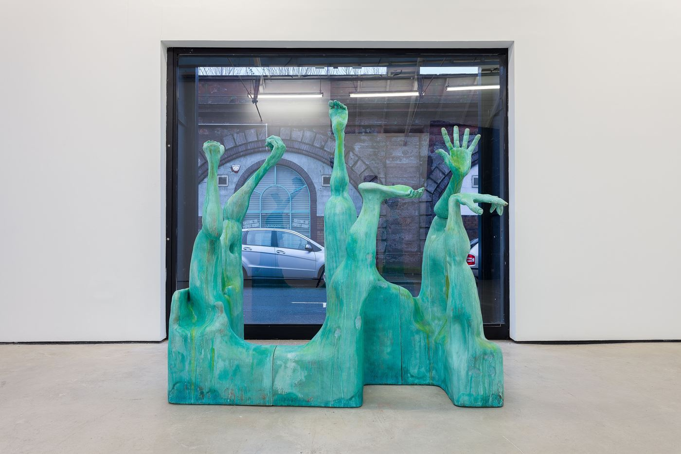 Presently by Jesse Wine contemporary artwork sculpture