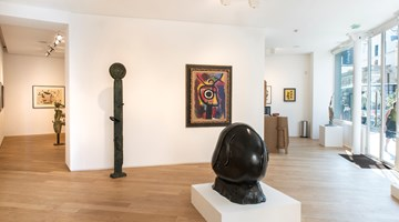 Galerie Lelong & Co. Paris contemporary art gallery in 38 Avenue Matignon, Paris, France