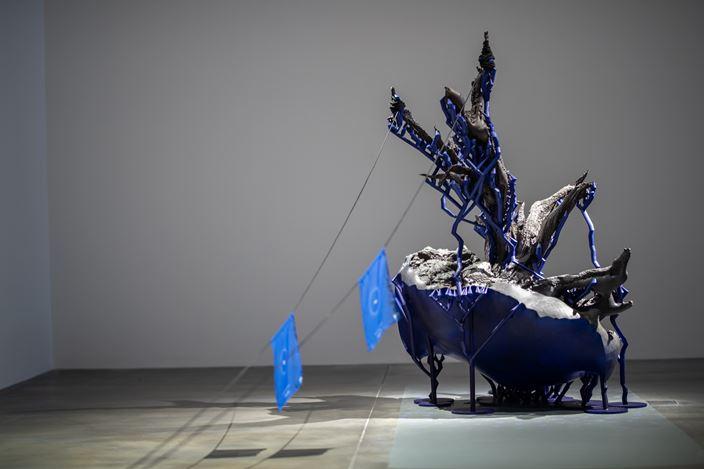 Timur Si-Qin, Juniper (2019). 3D printed material, acrylic, 150 x 86 x 122.5 cm. Courtesy Hyundai Motorstudio Beijing.