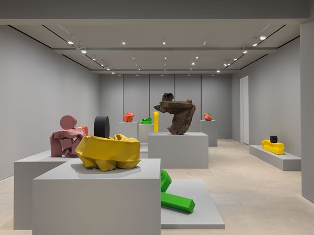 Exhibition view: Carol Bove, Ten Hours, David Zwirner, Hong Kong (1 November–14 December 2019). Courtesy David Zwirner.