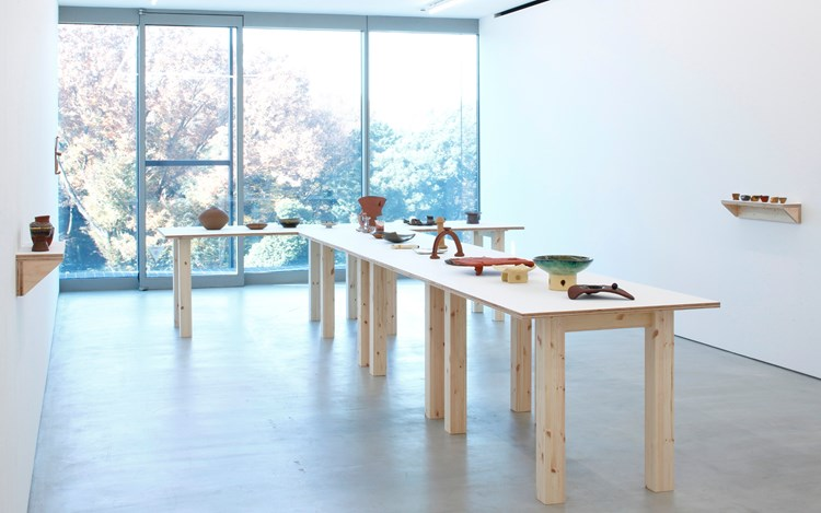 J.B. Blunk, Solo Exhibition, 2016, Exhibition view. Images courtesy of Blum and Poe, Tokyo.