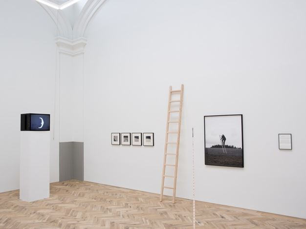 Exhibition view: Group Exhibition, Jacob's Ladder, Ingleby Gallery, Edinburgh (26 July–20 October 2018). Courtesy Ingleby Gallery.